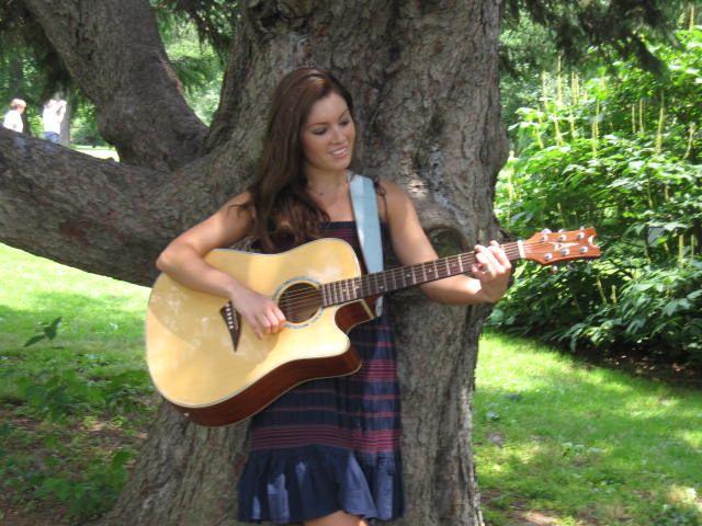 Rachel Rambach // Board-Certified Music Therapist